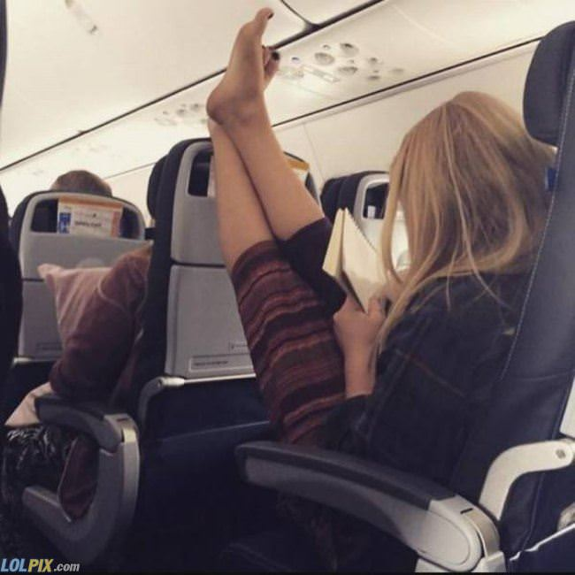 how to sit on a plane